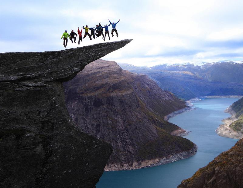 фото язык тролля норвегия